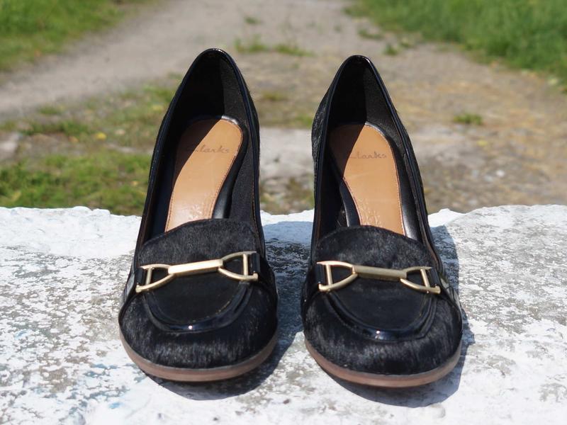 Жіночі туфлі clarks шкіра поні - Фото 4