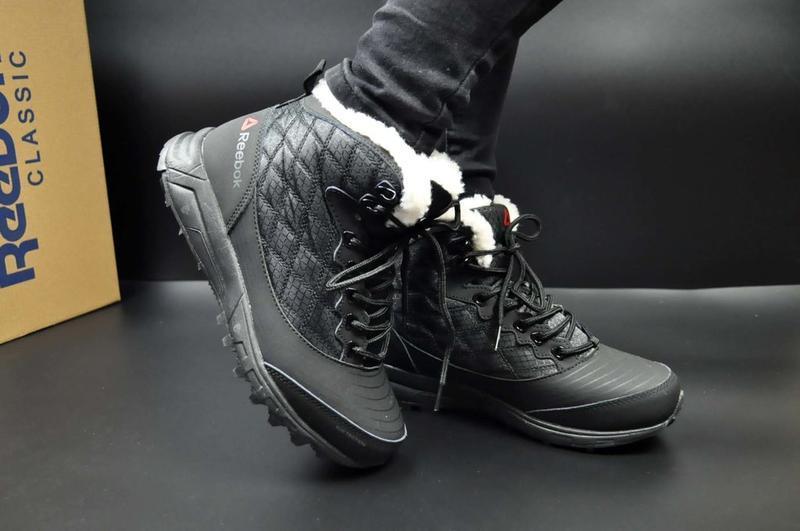 Ботинки  reebok натуральная кожа зимние зима кросівки зимові