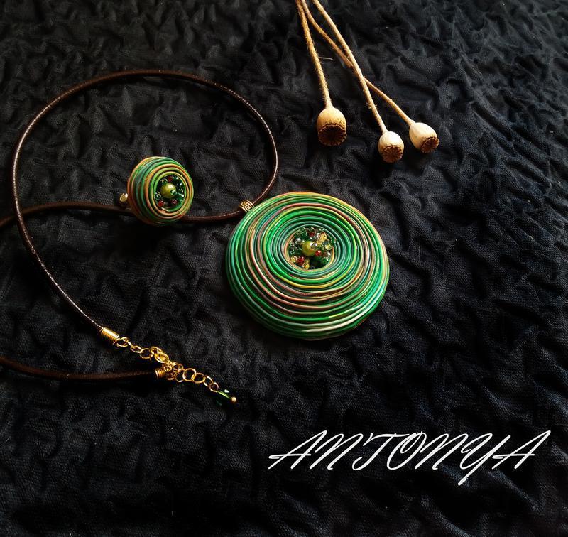 Комплект кулон и кольцо на шею