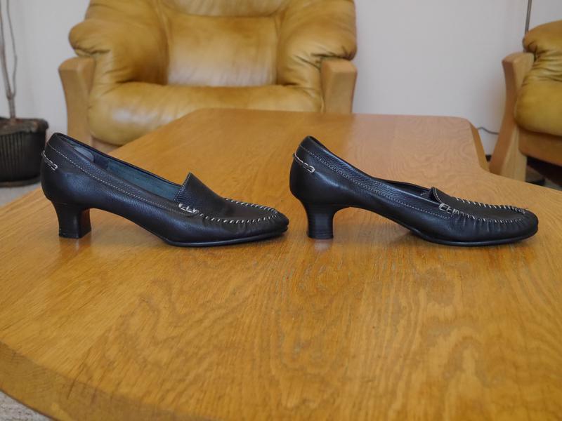 Туфлі шкіряні розмір 7 на 41 стелька 26,5 см footglove - Фото 2