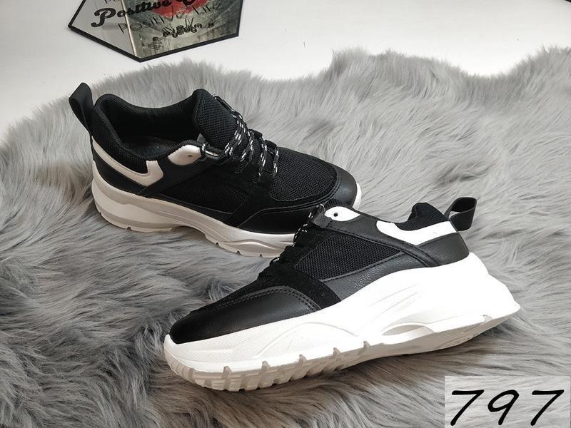 Распродажа черных кроссовочек - Фото 2