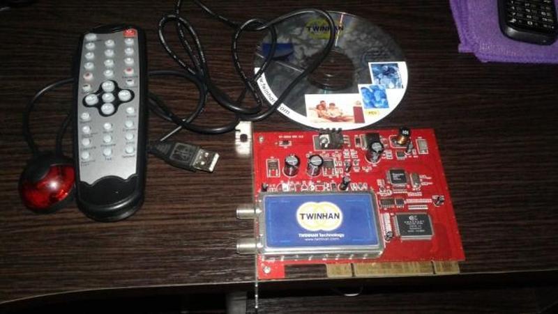 Спутниковий ТВ тюнер DVBS Twinhan DTV VP-1022A