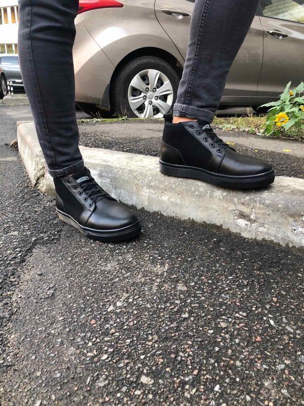 Мужские зимние черные ботинки из кожи и замши