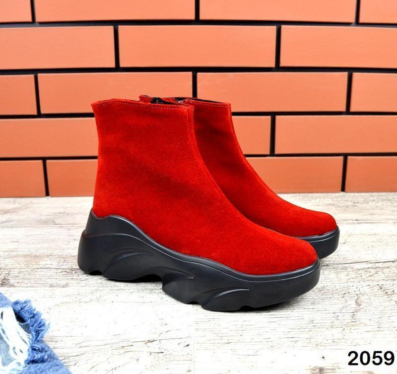 Натуральные красные зимние ботиночки - Фото 3