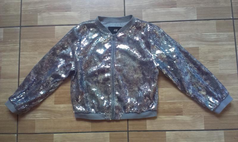 Серебристый бомбер h&m девочке 10-12 лет р 152 футболки в подарок