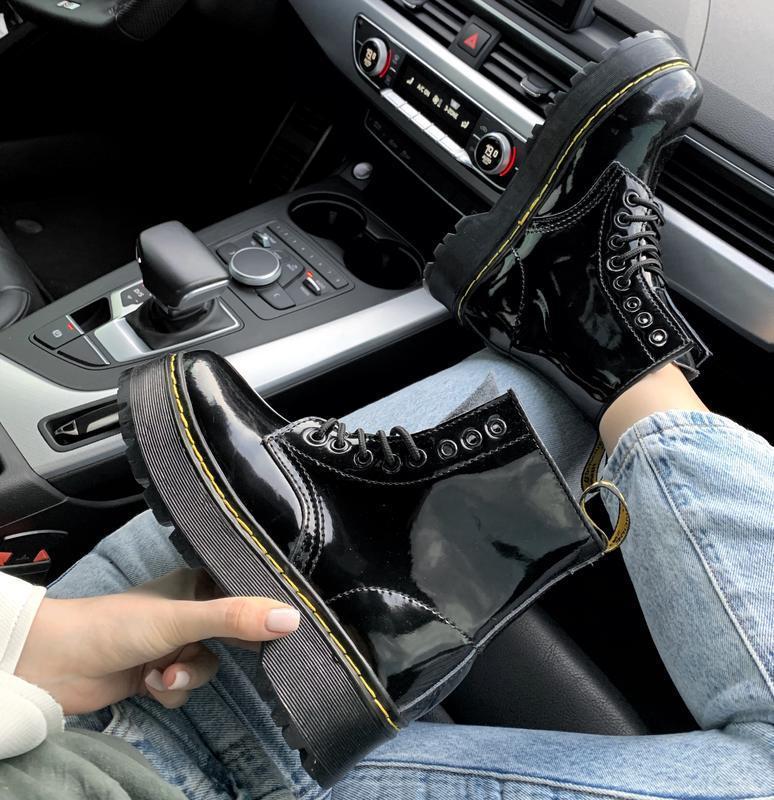 Ботинки женские зимние на платформе dr. martens fur patent pla... - Фото 3