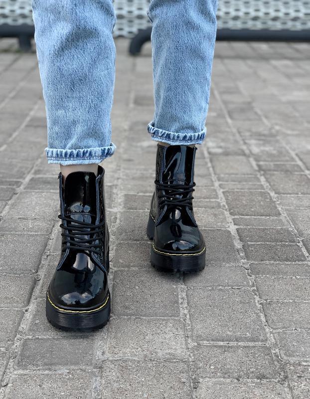 Ботинки женские зимние на платформе dr. martens fur patent pla... - Фото 7