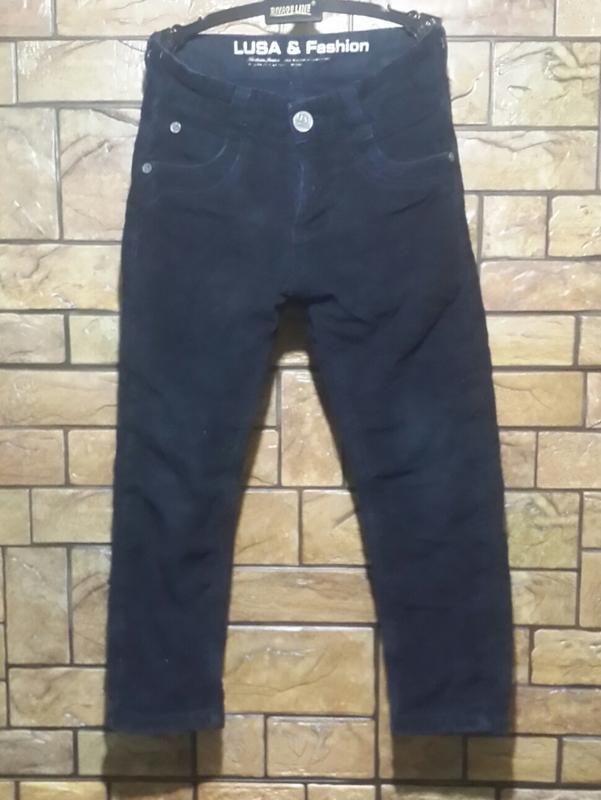 Утепленные вельветовые джинсы lusa . 8 лет.