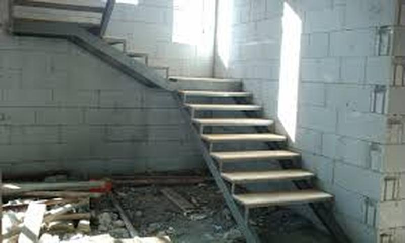 Металлические лестницы разной конфигурации - Фото 3