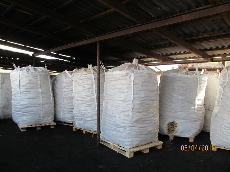 Топливные Дубовые брикеты Nestro Высшего сорта
