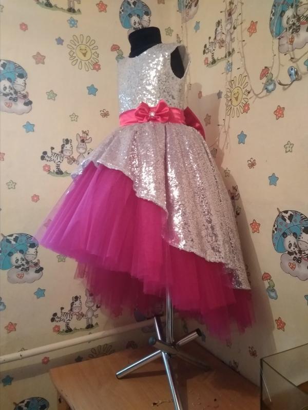 Платье с паетками нарядное праздничное для девочек