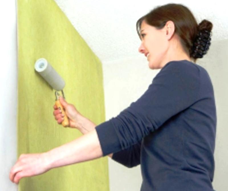Оклейка обоями ремонт квартиры Киев