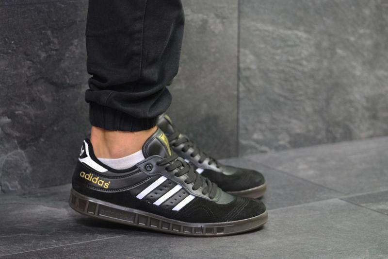 Кроссовки adidas 5987 черные - Фото 2