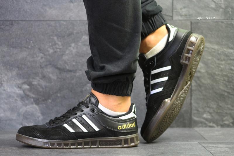 Кроссовки adidas 5987 черные - Фото 4