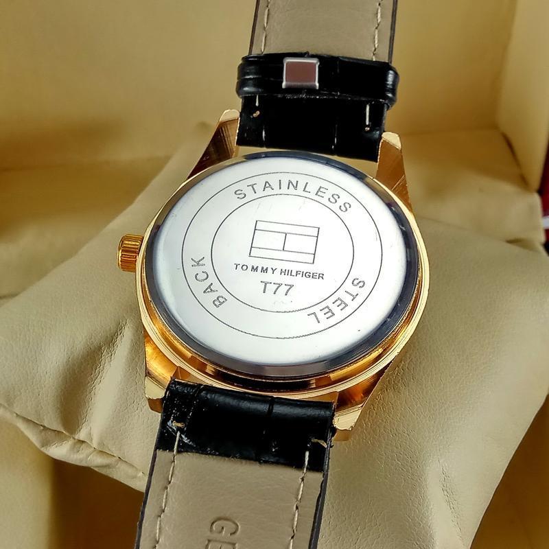 Женские кварцевые наручные часы tommy hilfiger на черном кожан... - Фото 4