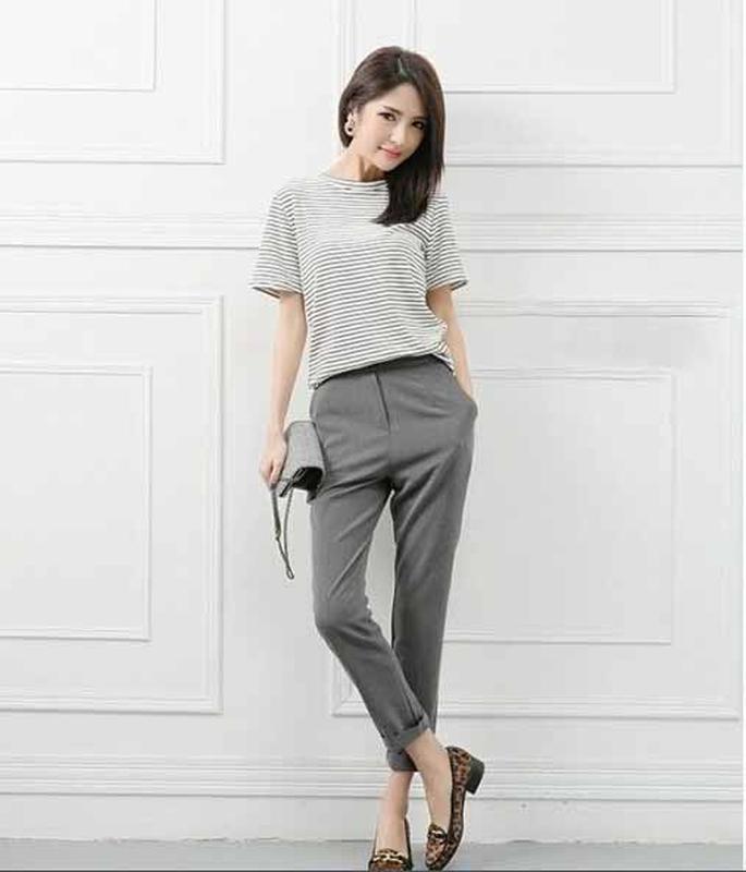 Серые зауженные брюки с завышенной талией