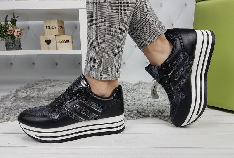 Новые женские черные кроссовки - Фото 2