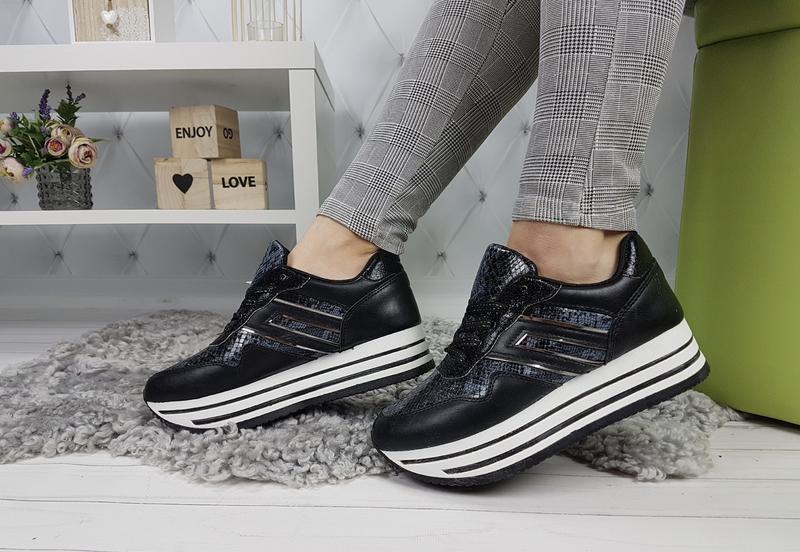 Новые женские черные кроссовки - Фото 3
