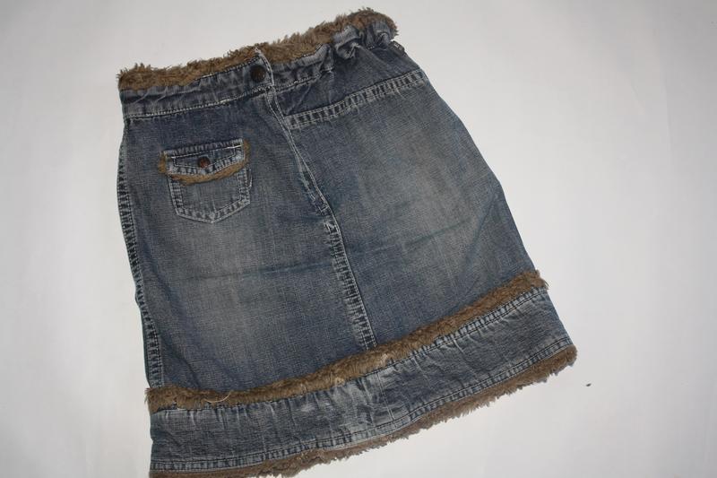 Джинсовая модная юбка для девочки от 5 до 7 лет ,отличное сост...