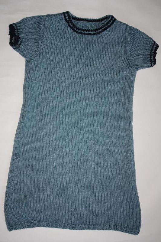 Вязанное шикарное платье для девочки от 5до 8лет ,отличное сос...