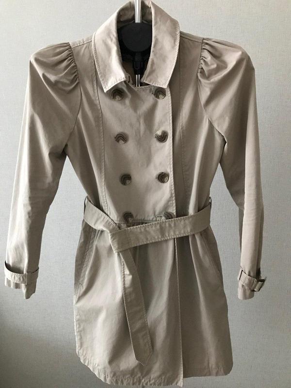 Бежево-серый тренч с поясом и карманами tara jarmon