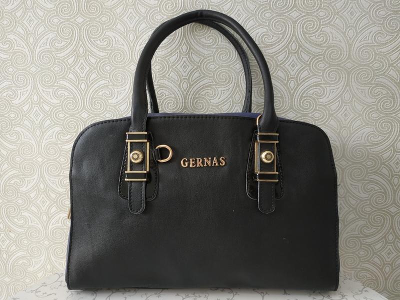 Кожаная женская сумка дешево, с ремешком через плечо. уценка. ...
