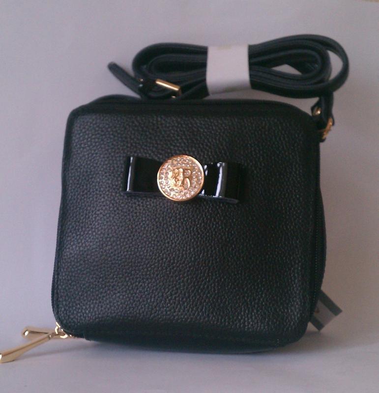 Кожаная небольшая сумочка кроссбоди черного цвета - Фото 2