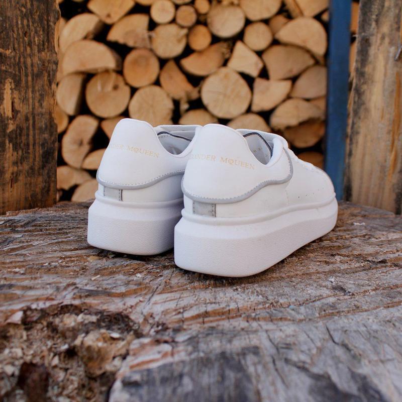Шикарные кроссовки alexander mcqueen white (весна/ лето/ осень) - Фото 2