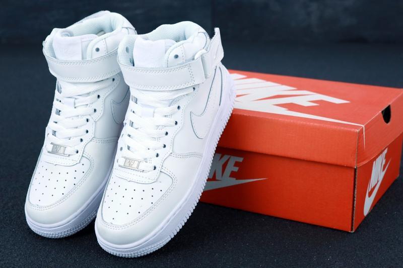 Белые кроссовки nike air (осень) - Фото 5
