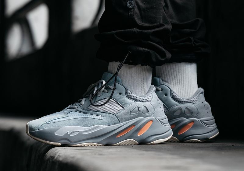 Кроссовки adidas yeezy boost 700 inertia (весна/лето/осень) - Фото 2