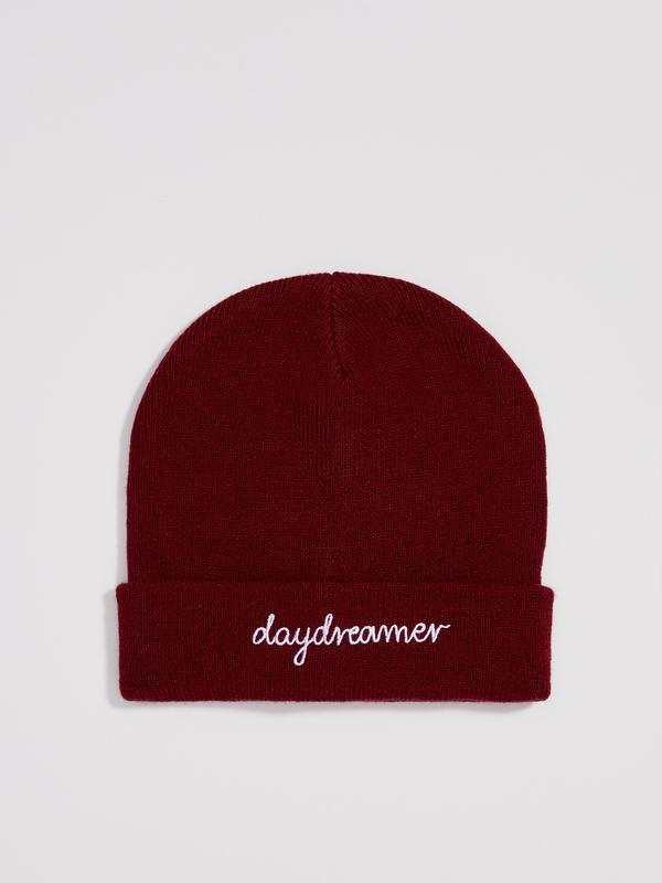 Новая темно-красная бордовая шапка польша вышитая надпись dayd...