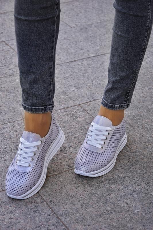 Женские кроссовки из натуральной перфорированые кожи - Фото 5