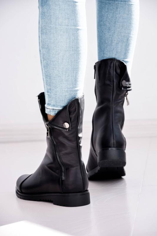 Женские кожаные ботинки чёрного цвета - Фото 2