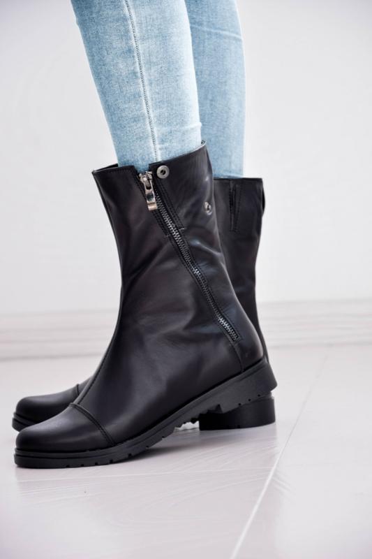 Женские кожаные ботинки чёрного цвета - Фото 3