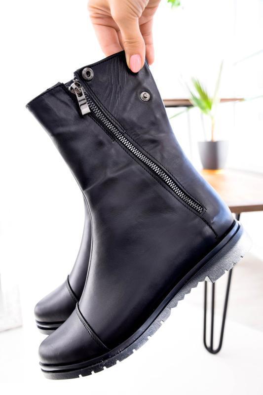 Женские кожаные ботинки чёрного цвета - Фото 5