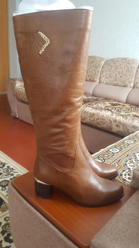 Сапоги женские кожаные демисезонные НОВЫЕ
