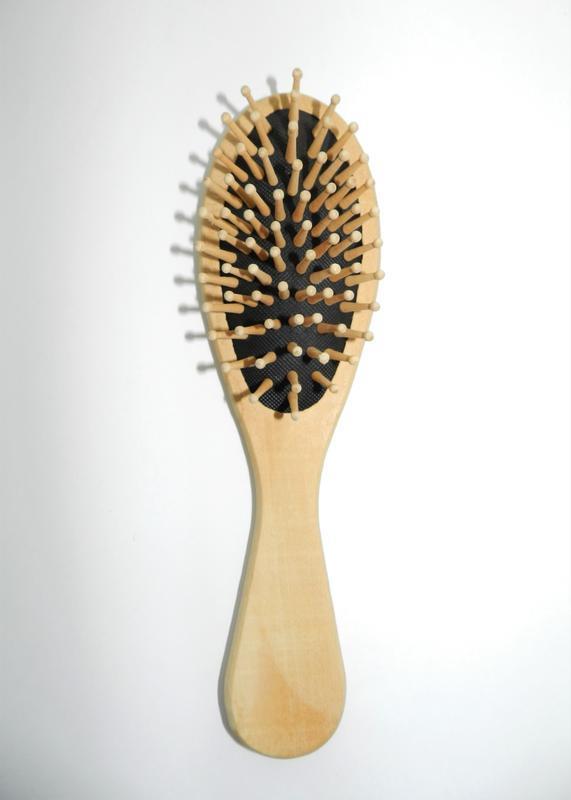 Щетка для волос деревянная