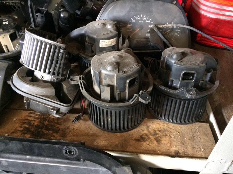 Моторчик пічки Віто 638. Двигатель печки вито 638