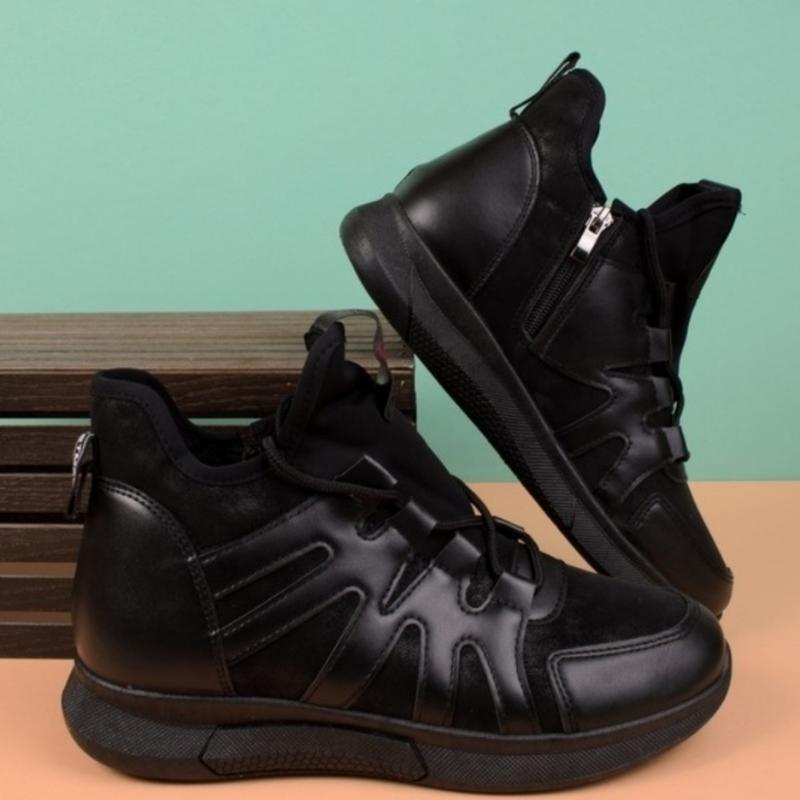 Женские ботинки в спортивном стиле - Фото 4