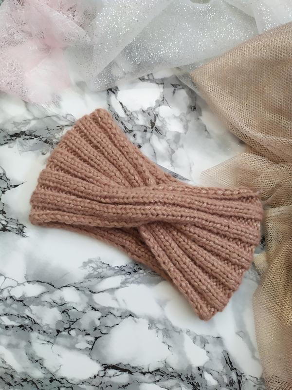 Метализированная повязка на голову. розовое золото.