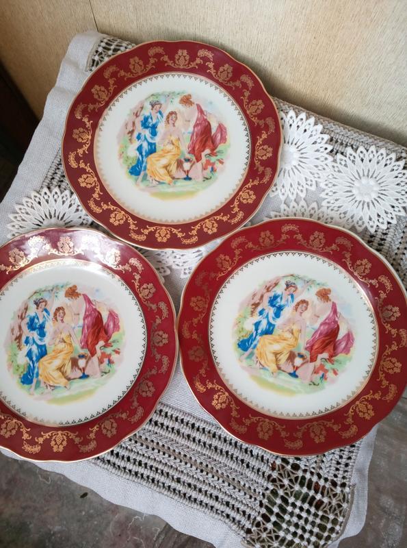 Набор тарелок. 3 штуки.