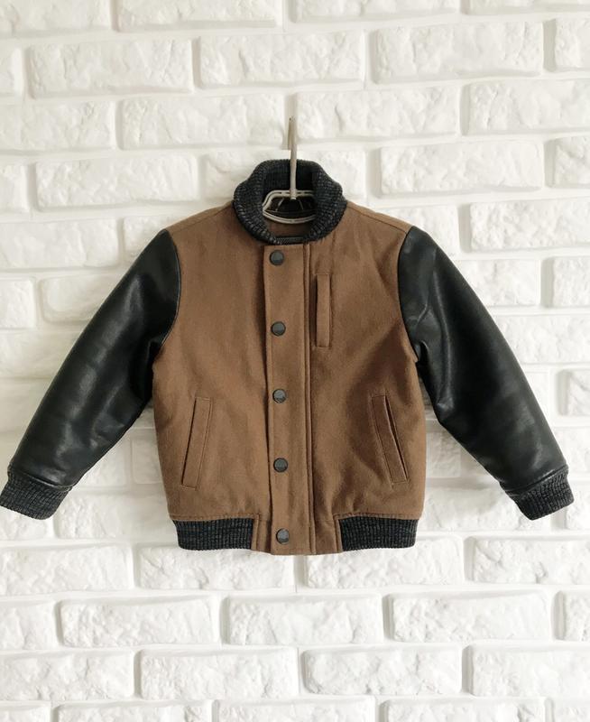 Курточка бомпер на мальчика, рукава с эко кожи