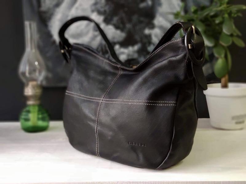 L.credi 100% оригинальная кожана сумка.