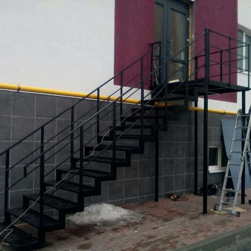 Металлические лестницы разной конфигурации - Фото 4