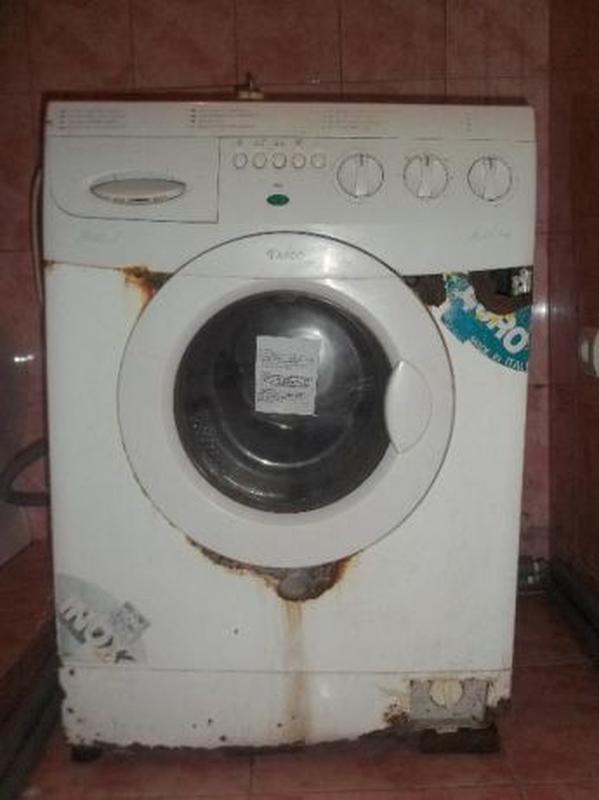 Продам стиральную машину Ardo A800X на запчасти