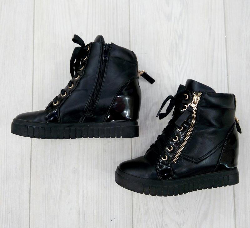 🔥 акция 🔥классные стильные зимние черные ботинки сникерсы