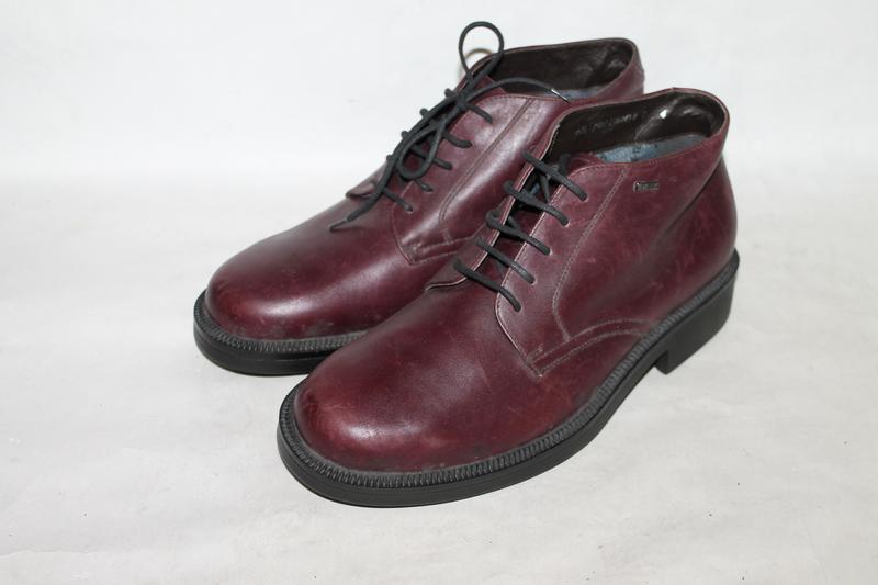 Комфортные кожаные ботинки stonefly goretex 39,5 размер