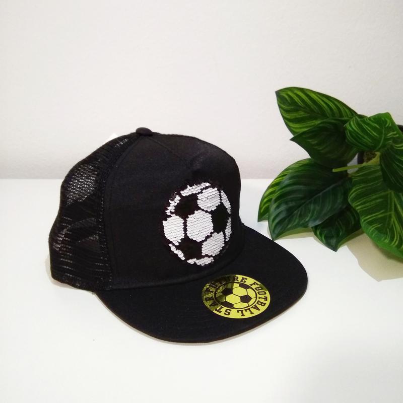 Фирменная кепка h&m для мальчика.