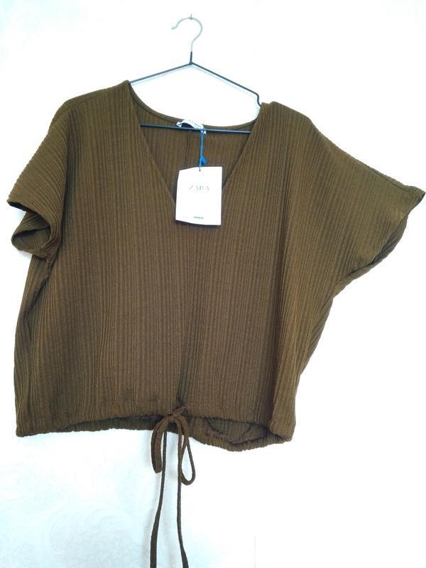 Интересная блуза  топ футболка рубчик летучка цвет хаки зелены... - Фото 2