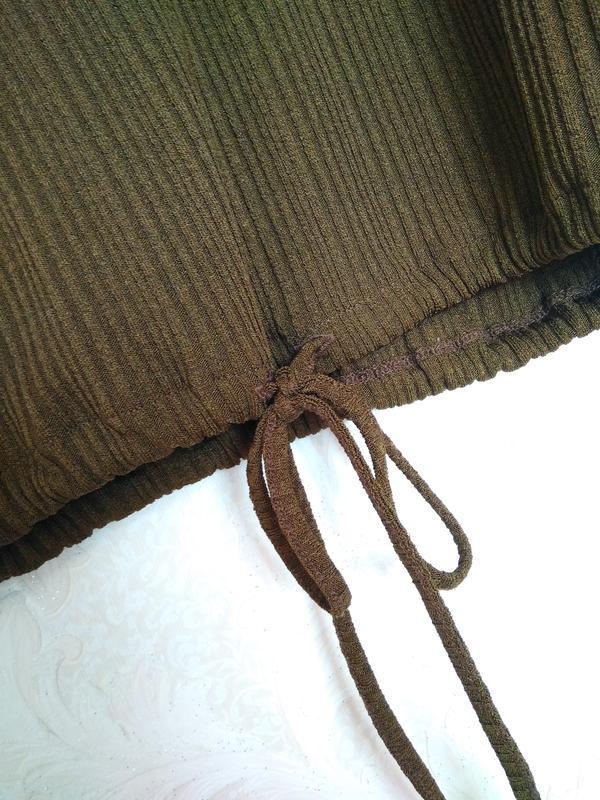 Интересная блуза  топ футболка рубчик летучка цвет хаки зелены... - Фото 4